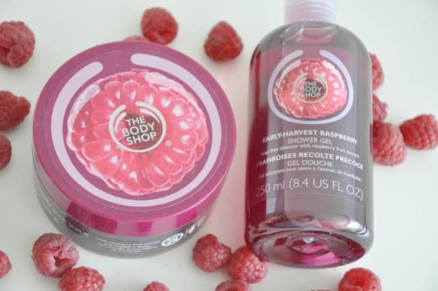 The Body Shop raspberry scrub 3