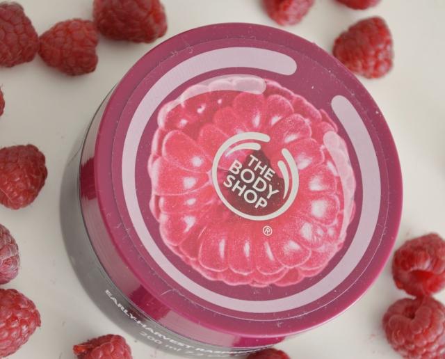 The Body Shop raspberry scrub 5