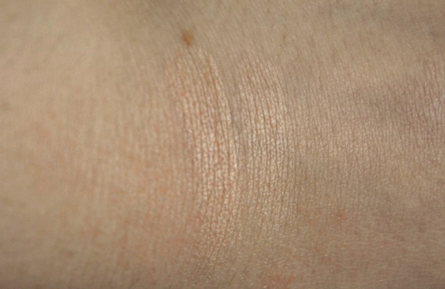 makeup revolution radiant breath swatch
