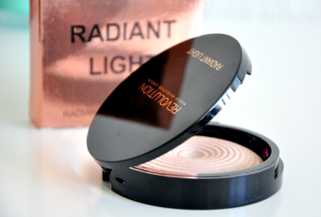 makeup revolution radiant breath4